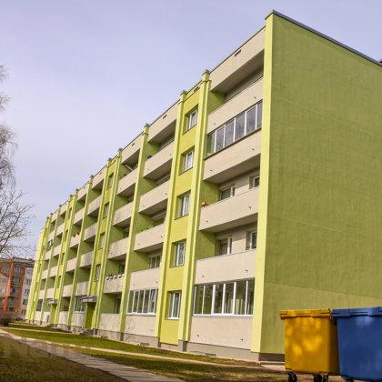 """""""Daudzdzīvokļu dzīvojamās ēkas fasādes vienkāršotā atjaunošana"""", Skolas iela 13, Ikšķile"""