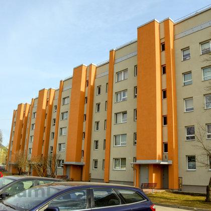 """""""Daudzdzīvokļu dzīvojamās ēkas fasādes vienkāršotā atjaunošana """", Skolas iela 7, Ikšķile"""